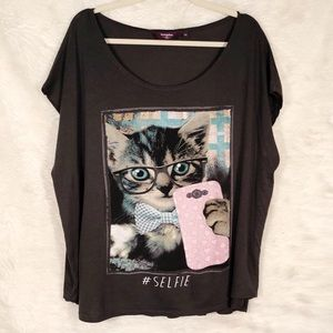Inspire by ASOS Cat Selfie Graphic T-shirt size 26